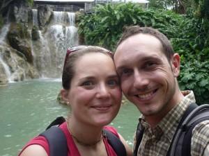 C'est en se soutenant que nous avons réussi à atteindre cette cascade en Guadeloupe